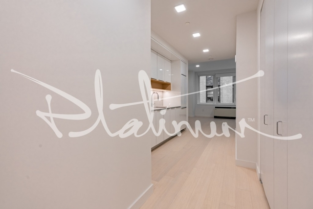 Studio, Financial District Rental in NYC for $3,257 - Photo 2