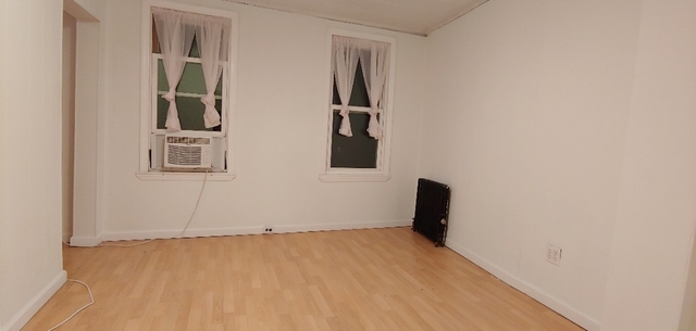 1 Bedroom, North Slope Rental in NYC for $2,150 - Photo 2