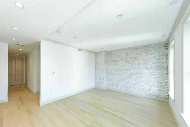 1 Bedroom, Alphabet City Rental in NYC for $4,800 - Photo 2