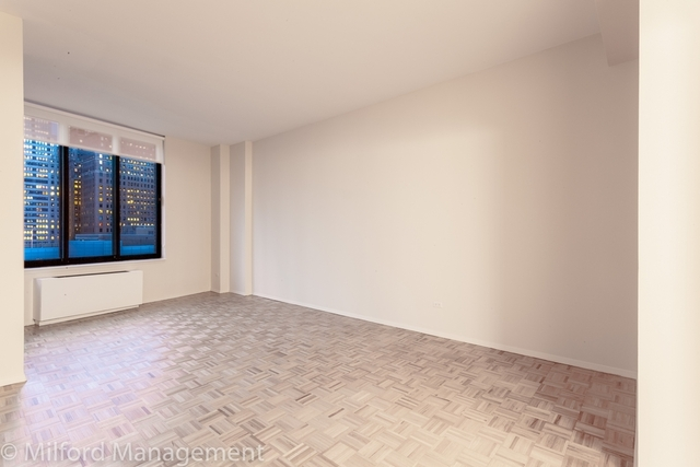 1 Bedroom, Battery Park City Rental in NYC for $3,575 - Photo 1