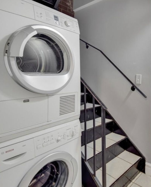 4 Bedrooms, East Village Rental in NYC for $6,455 - Photo 2