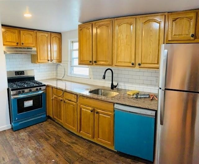 3 Bedrooms, Maspeth Rental in NYC for $2,599 - Photo 1