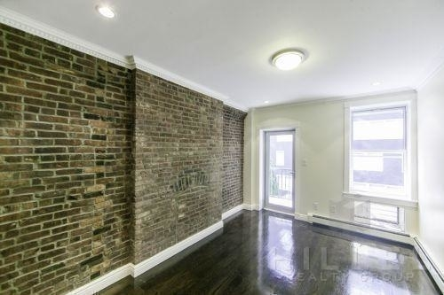 2 Bedrooms, Chelsea Rental in NYC for $5,076 - Photo 1