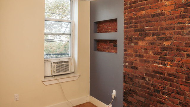 3 Bedrooms, Ridgewood Rental in NYC for $2,850 - Photo 2
