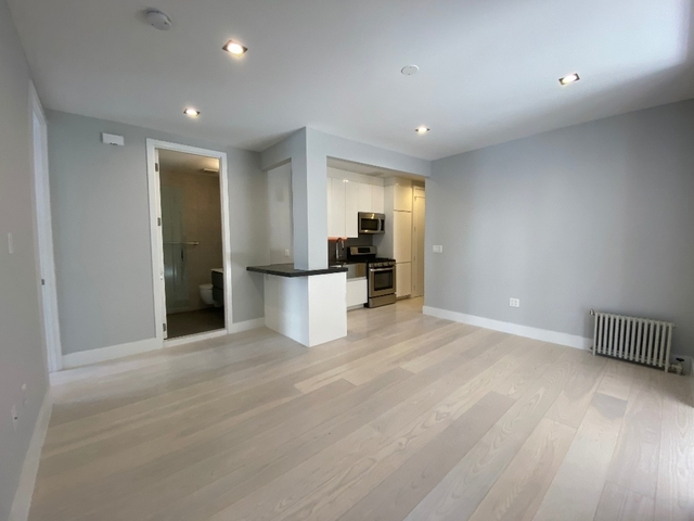 5 Bedrooms, Lower East Side Rental in NYC for $7,599 - Photo 2