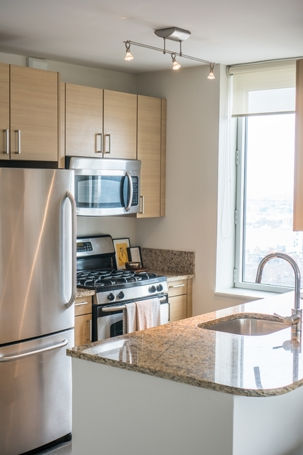 1 Bedroom, Chelsea Rental in NYC for $3,991 - Photo 2