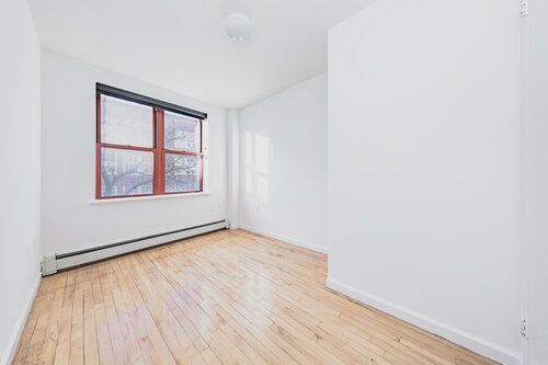 2 Bedrooms, Alphabet City Rental in NYC for $4,445 - Photo 2