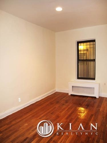 3 Bedrooms, Chelsea Rental in NYC for $10,100 - Photo 2