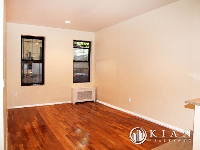 3 Bedrooms, Chelsea Rental in NYC for $10,100 - Photo 1