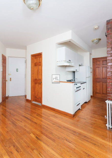 1 Bedroom, East Village Rental in NYC for $4,995 - Photo 2