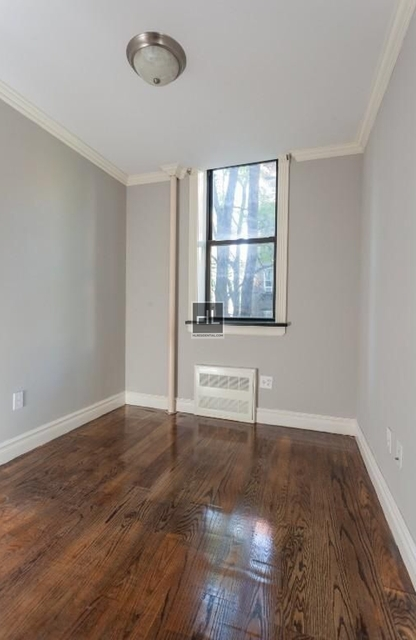 3 Bedrooms, West Village Rental in NYC for $6,150 - Photo 2