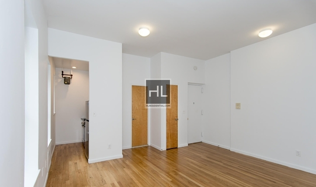 2 Bedrooms, Upper East Side Rental in NYC for $3,295 - Photo 2