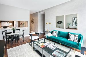 2 Bedrooms, Chelsea Rental in NYC for $6,445 - Photo 1