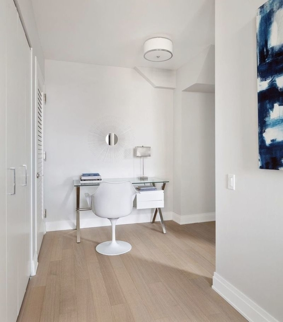 2 Bedrooms, Financial District Rental in NYC for $5,358 - Photo 2