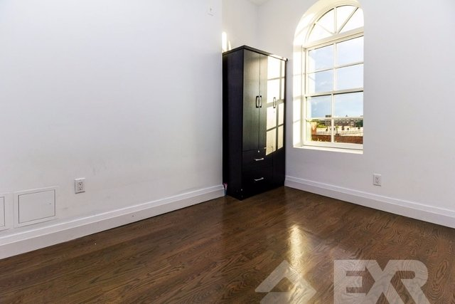 3 Bedrooms, Bushwick Rental in NYC for $2,683 - Photo 2
