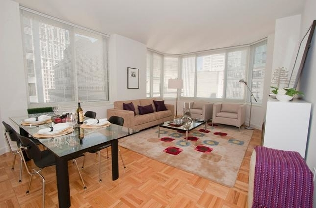 2 Bedrooms, Financial District Rental in NYC for $4,725 - Photo 2