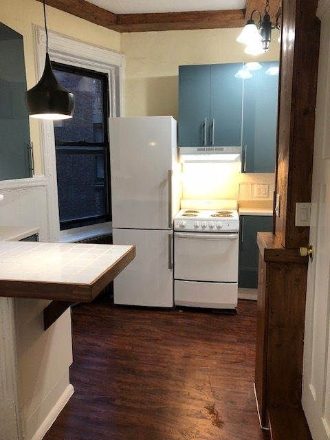 1 Bedroom, East Village Rental in NYC for $2,750 - Photo 2