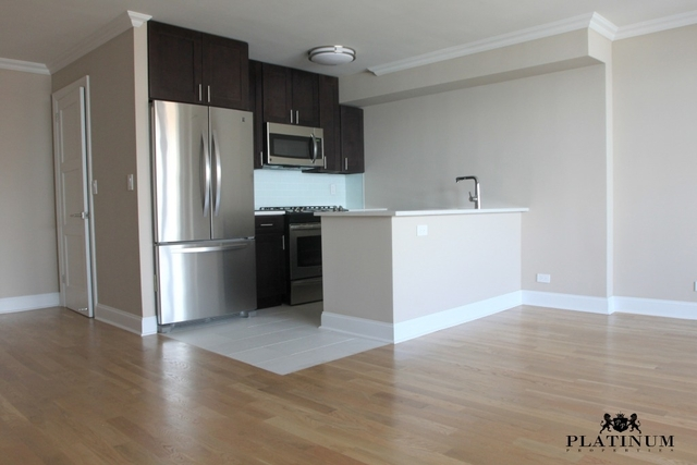 2 Bedrooms, Tribeca Rental in NYC for $5,795 - Photo 2