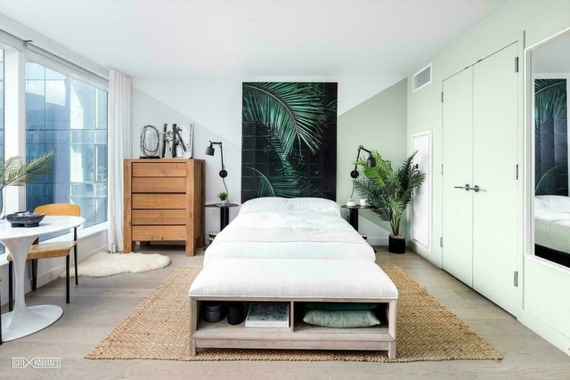 Studio, Williamsburg Rental in NYC for $2,660 - Photo 1