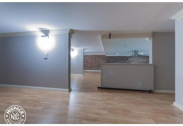 3 Bedrooms, West Village Rental in NYC for $6,650 - Photo 2