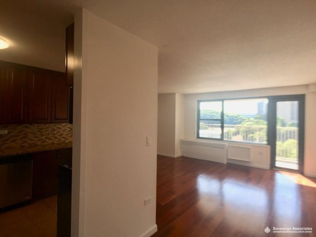 2 Bedrooms, Marble Hill Rental in NYC for $2,328 - Photo 1