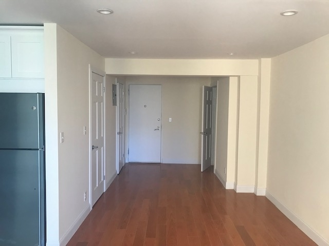 Studio, Gramercy Park Rental in NYC for $1,675 - Photo 2