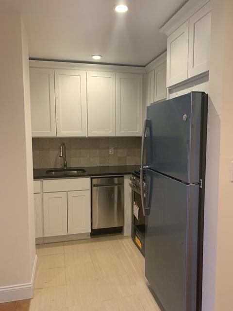 Studio, Gramercy Park Rental in NYC for $1,700 - Photo 2