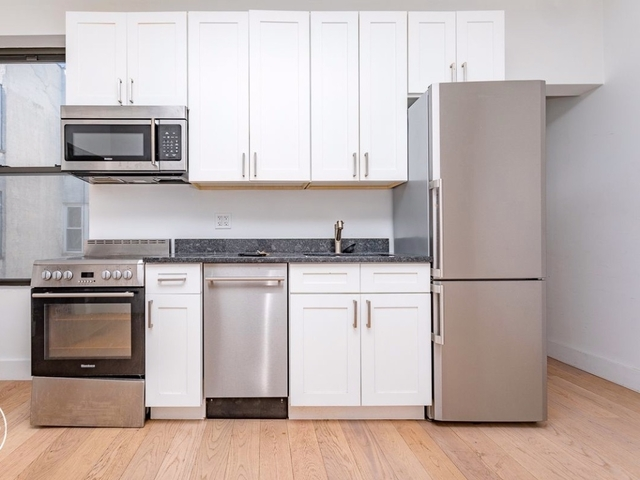3 Bedrooms, Bedford-Stuyvesant Rental in NYC for $3,175 - Photo 2