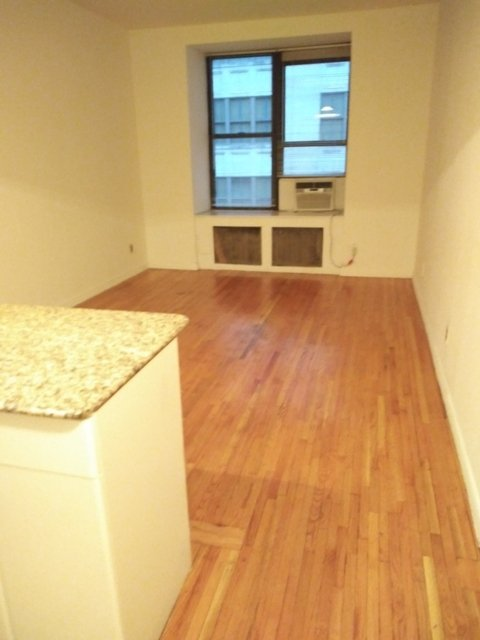 1 Bedroom, Theater District Rental in NYC for $2,815 - Photo 1