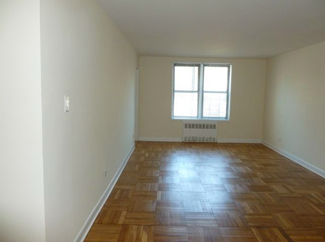 1 Bedroom, Forest Hills Rental in NYC for $2,392 - Photo 1