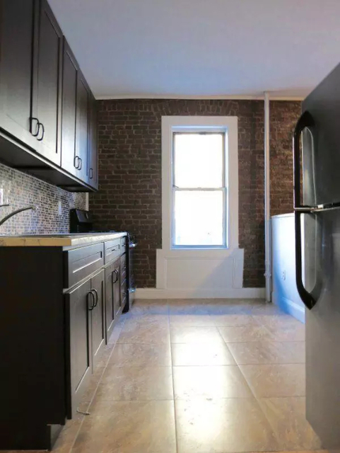 2 Bedrooms, Washington Heights Rental in NYC for $2,475 - Photo 1