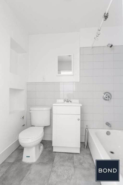 Studio, Hell's Kitchen Rental in NYC for $1,898 - Photo 1