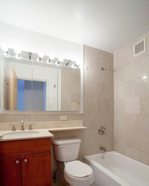 2 Bedrooms, Murray Hill Rental in NYC for $4,297 - Photo 2