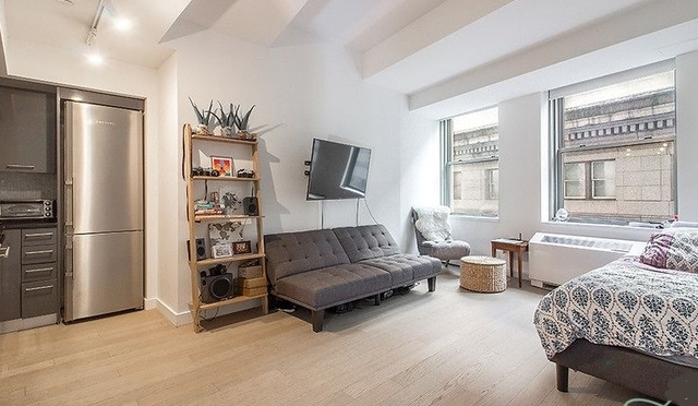 1 Bedroom, Financial District Rental in NYC for $2,938 - Photo 2