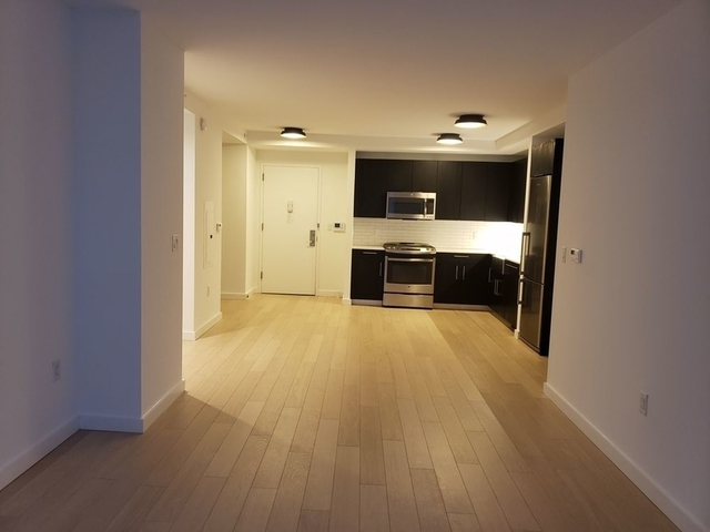 2 Bedrooms, Hell's Kitchen Rental in NYC for $6,684 - Photo 2