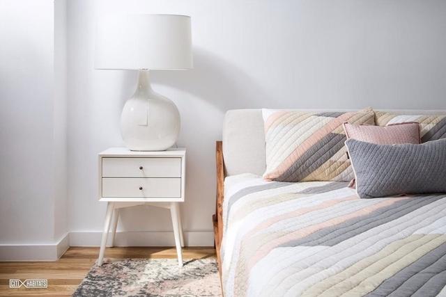 1 Bedroom, Rego Park Rental in NYC for $2,108 - Photo 2