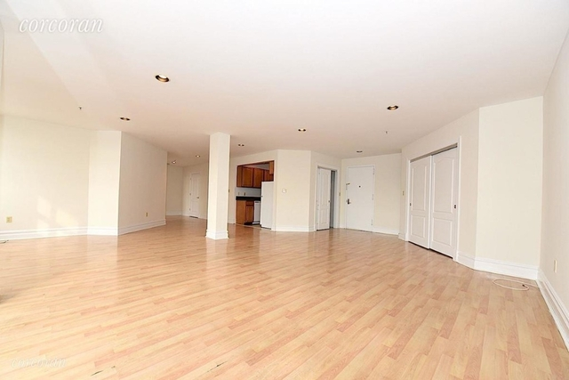 2 Bedrooms, Astoria Rental in NYC for $3,300 - Photo 2