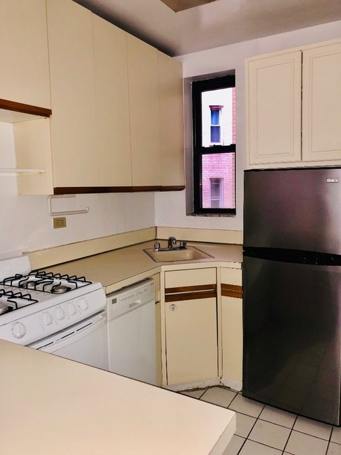 Studio, Hell's Kitchen Rental in NYC for $2,095 - Photo 1