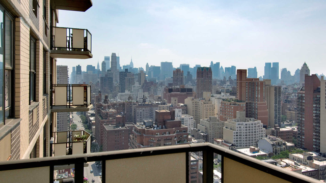 1 Bedroom, Yorkville Rental in NYC for $3,772 - Photo 2