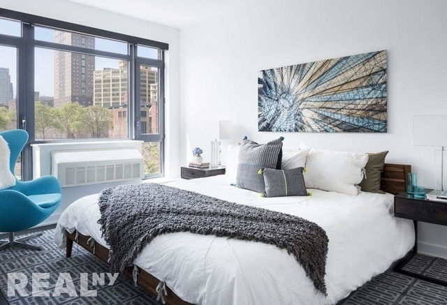 3 Bedrooms, DUMBO Rental in NYC for $5,538 - Photo 2