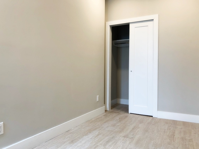 4 Bedrooms, Bedford-Stuyvesant Rental in NYC for $4,300 - Photo 2