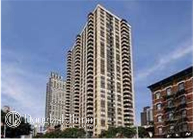 1 Bedroom, Yorkville Rental in NYC for $4,244 - Photo 2