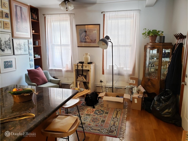 2 Bedrooms, Carroll Gardens Rental in NYC for $3,025 - Photo 1