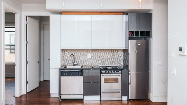 3 Bedrooms, Ridgewood Rental in NYC for $2,975 - Photo 1