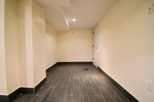 Room, Bedford-Stuyvesant Rental in NYC for $1,270 - Photo 2