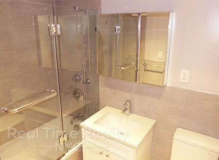 5 Bedrooms, Turtle Bay Rental in NYC for $9,800 - Photo 2