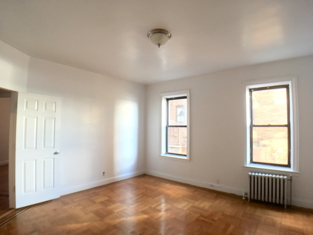 2 Bedrooms, Washington Heights Rental in NYC for $2,800 - Photo 1