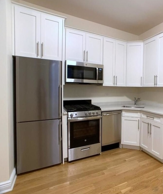3 Bedrooms, Little Italy Rental in NYC for $4,523 - Photo 2
