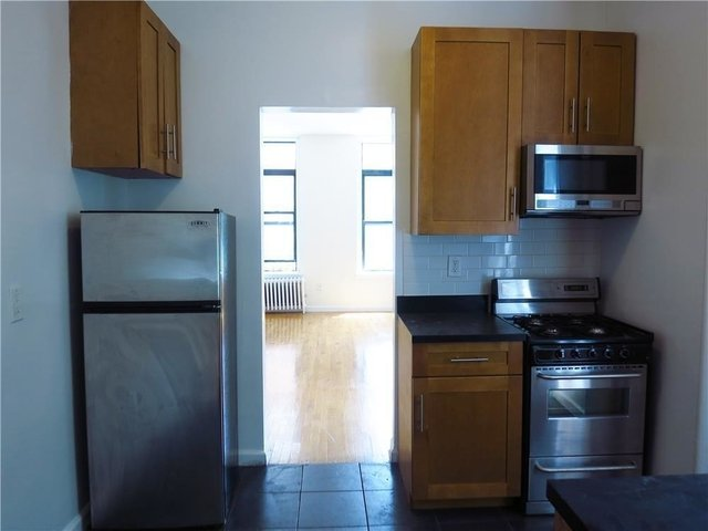 3 Bedrooms, Yorkville Rental in NYC for $4,300 - Photo 2