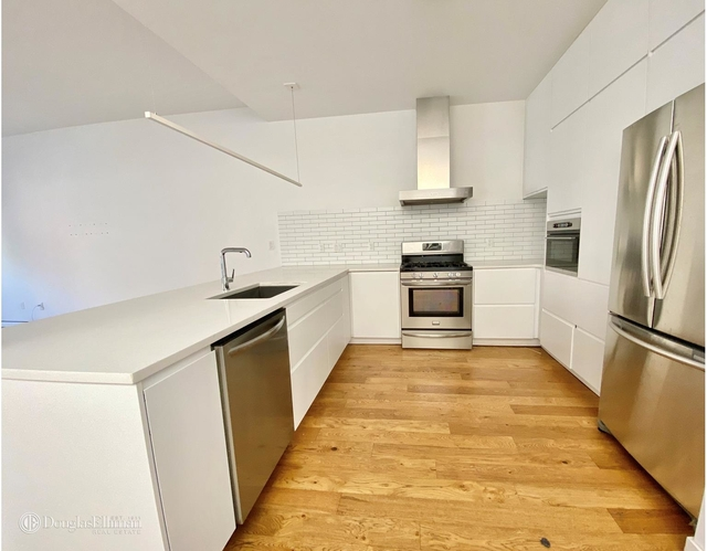 3 Bedrooms, Crown Heights Rental in NYC for $4,100 - Photo 2